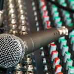 microphone-626032_640